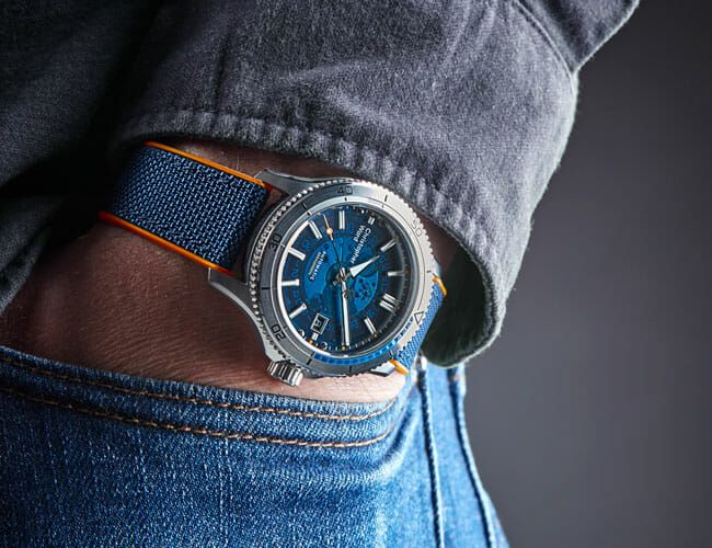 Check Out the Unique Feature of This Affordable Dive Watch