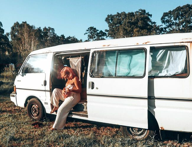 How to Survive a Pandemic from a 30-Year-Old Van in the Australian Bush