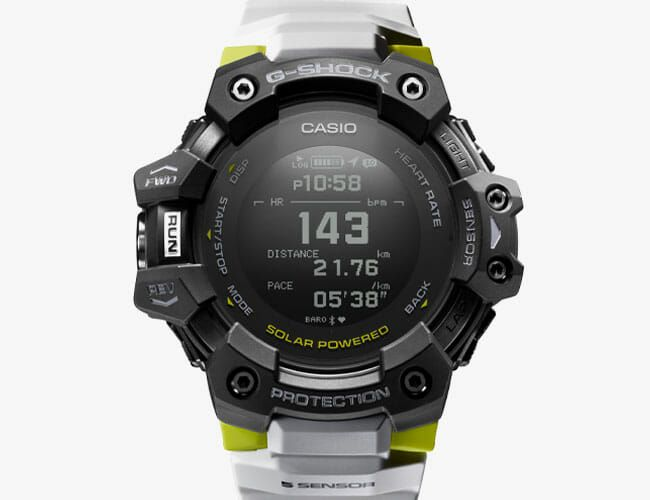 This Tough Outdoor Watch Is Packed with Practical Fitness-Tracking Features