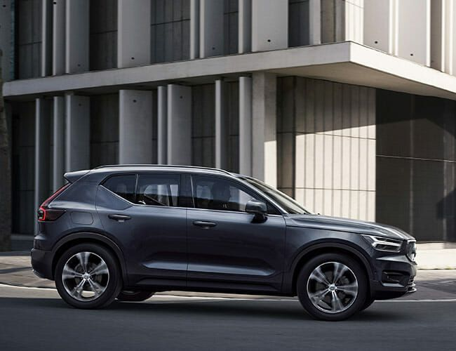 The Volvo XC40 Is the Perfect Little Crossover, So Long As Driving Fun Isn't Your Goal