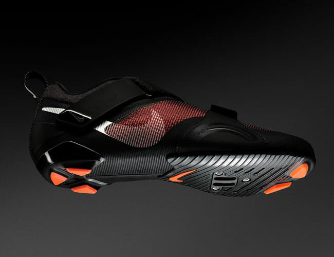 This New Cycling Shoe Is a First for Nike
