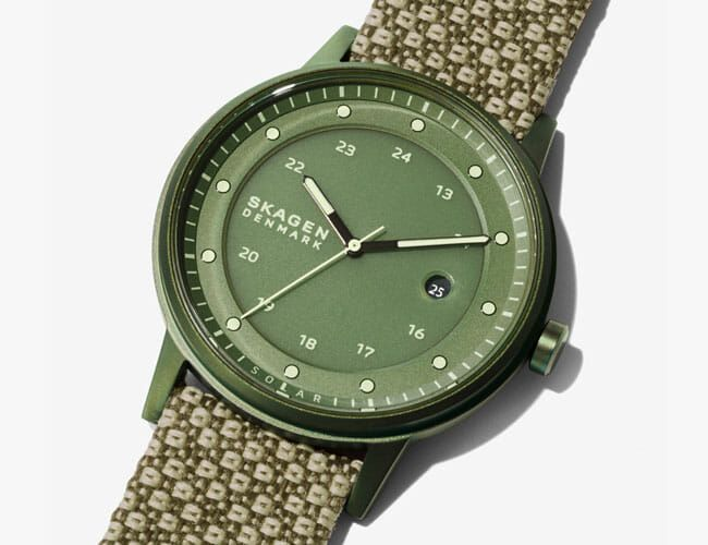 This Affordable Solar-Powered Watch Is Eco-Friendly and Ready for Summer