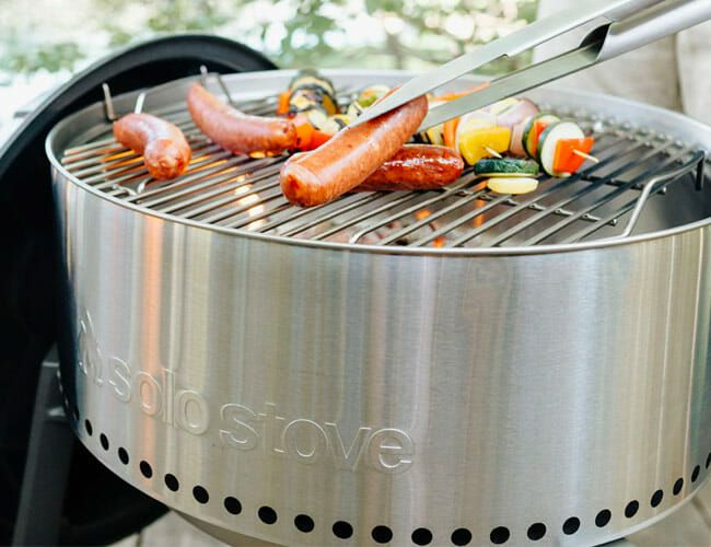A Company That Makes Fire Pits Designed a Charcoal Grill That Gets Hotter, Faster