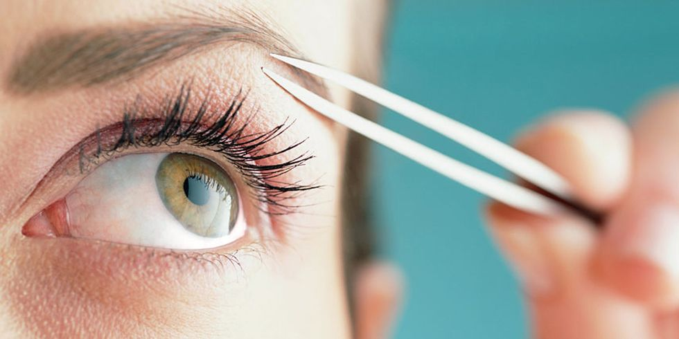 Eyebrow Plucking Mistakes Tips For Shaping Your Eyebrows