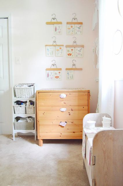Wood, Chest of drawers, Drawer, Room, White, Furniture, Floor, Wall, Cabinetry, Dresser,