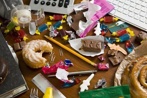 Laptop part, Food, Cuisine, Dish, Invertebrate, Plastic, Arthropod, Stationery, Plate, Desk,
