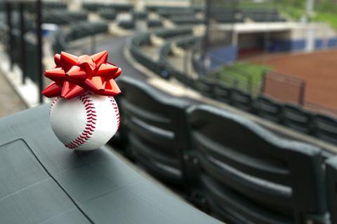 Ball, Ball, Carmine, Ball game, Football, Baseball equipment, Bat-and-ball games, Soccer ball, Circle, Coquelicot,