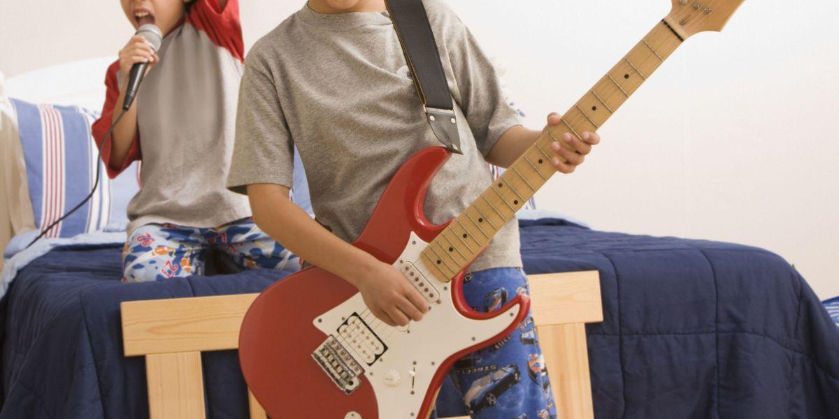 "32/"" Music Themed Electric Rock Guitar Balloon"