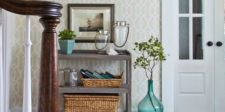 10 Ways to Fake an Entryway - Entryway Decorating Tips