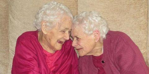 Oldest Twins Die
