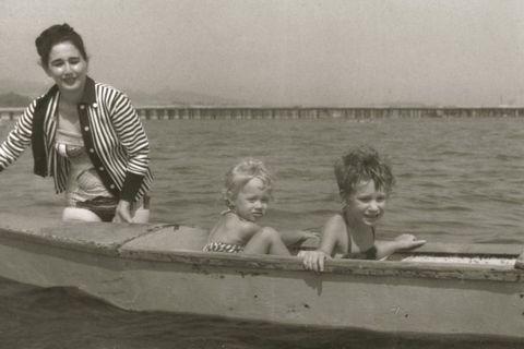 Fun, Photograph, Boat, Vacation, Boating, Watercraft, Lake, Boats and boating--Equipment and supplies, Holiday, Skiff,