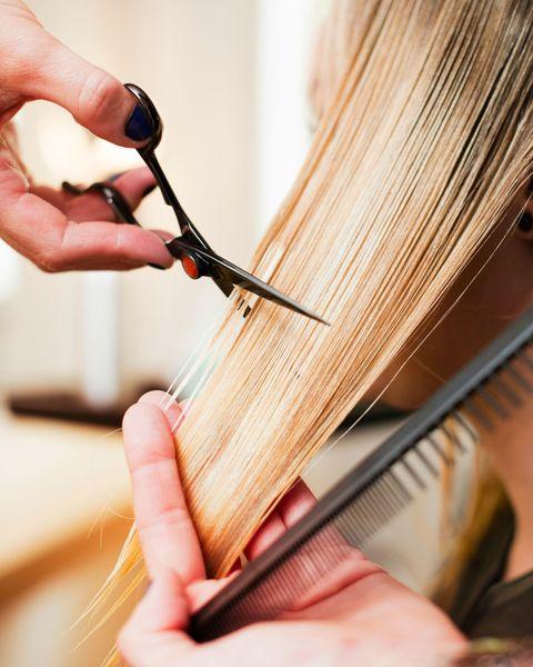 Finger, Hand, Nail, Wrist, Thumb, Long hair, Artisan, Creative arts, Wire, Artificial hair integrations,