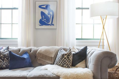 Blue, Room, Interior design, Wall, Lampshade, Living room, Furniture, Home, Couch, Lamp,