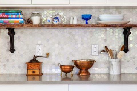Room, Porcelain, Serveware, Interior design, Ceramic, Turquoise, Household supply, Artifact, Plumbing fixture, Shelving,