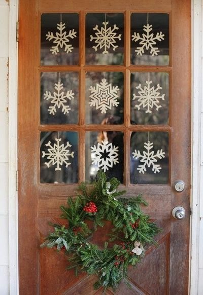 35 christmas door decorating ideas best decorations for your front door - How To Decorate Your Door For Christmas