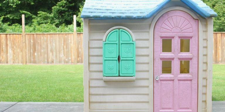 Cosy Little Tikes Home Garden Playhouse.  Little Tikes Playhouse Makeovers DIY