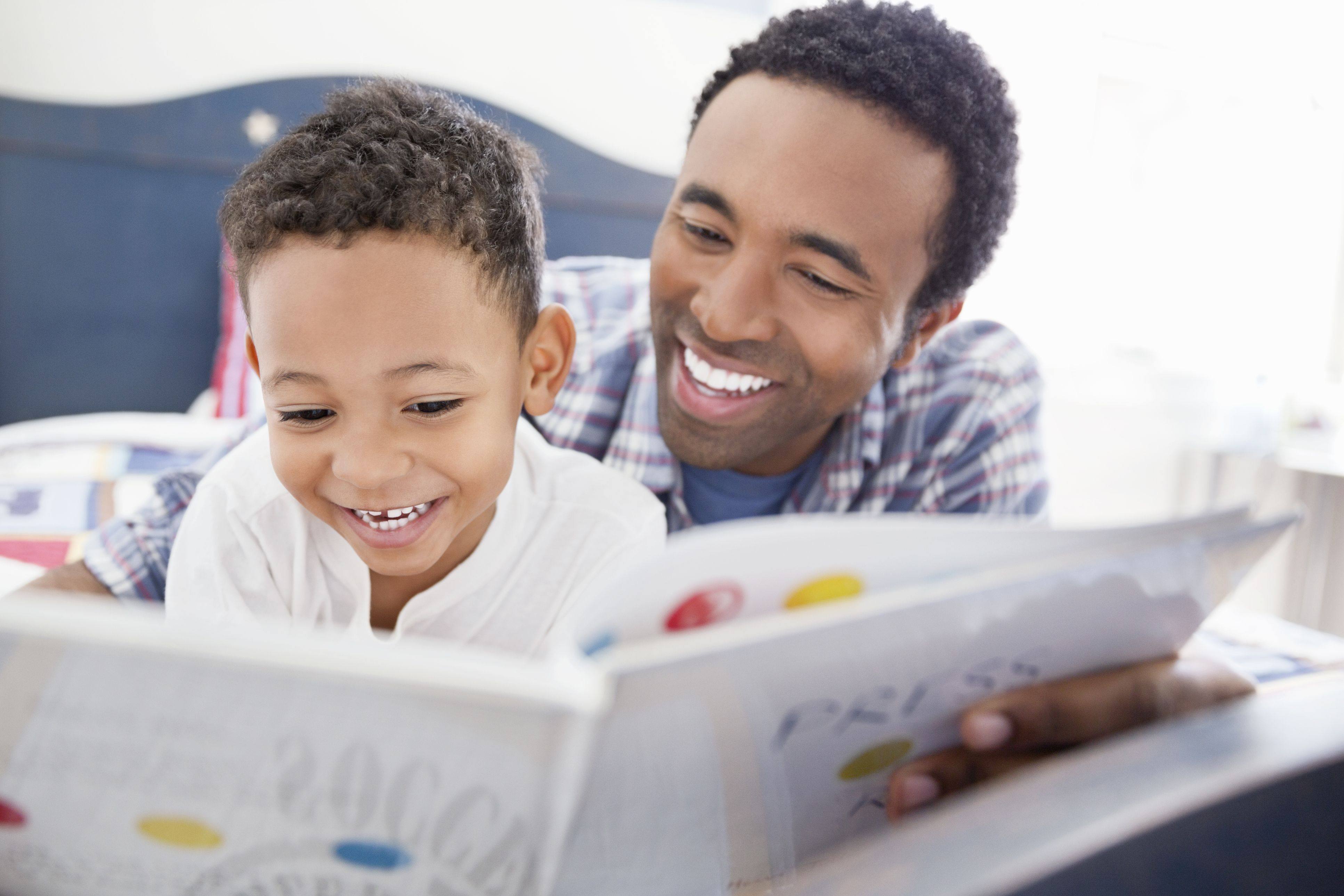 Resultado de imagen para dad and boy reading