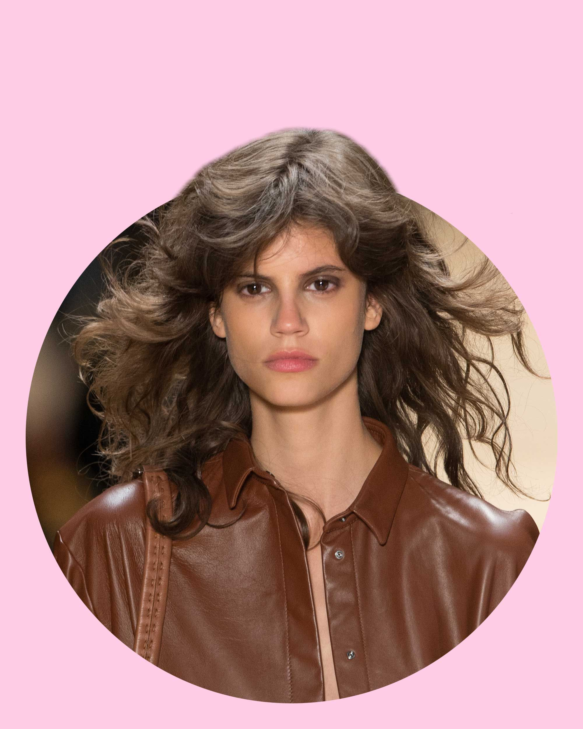 80s style hair 1980s teased hair trend is back in style teased hairstyles 3002