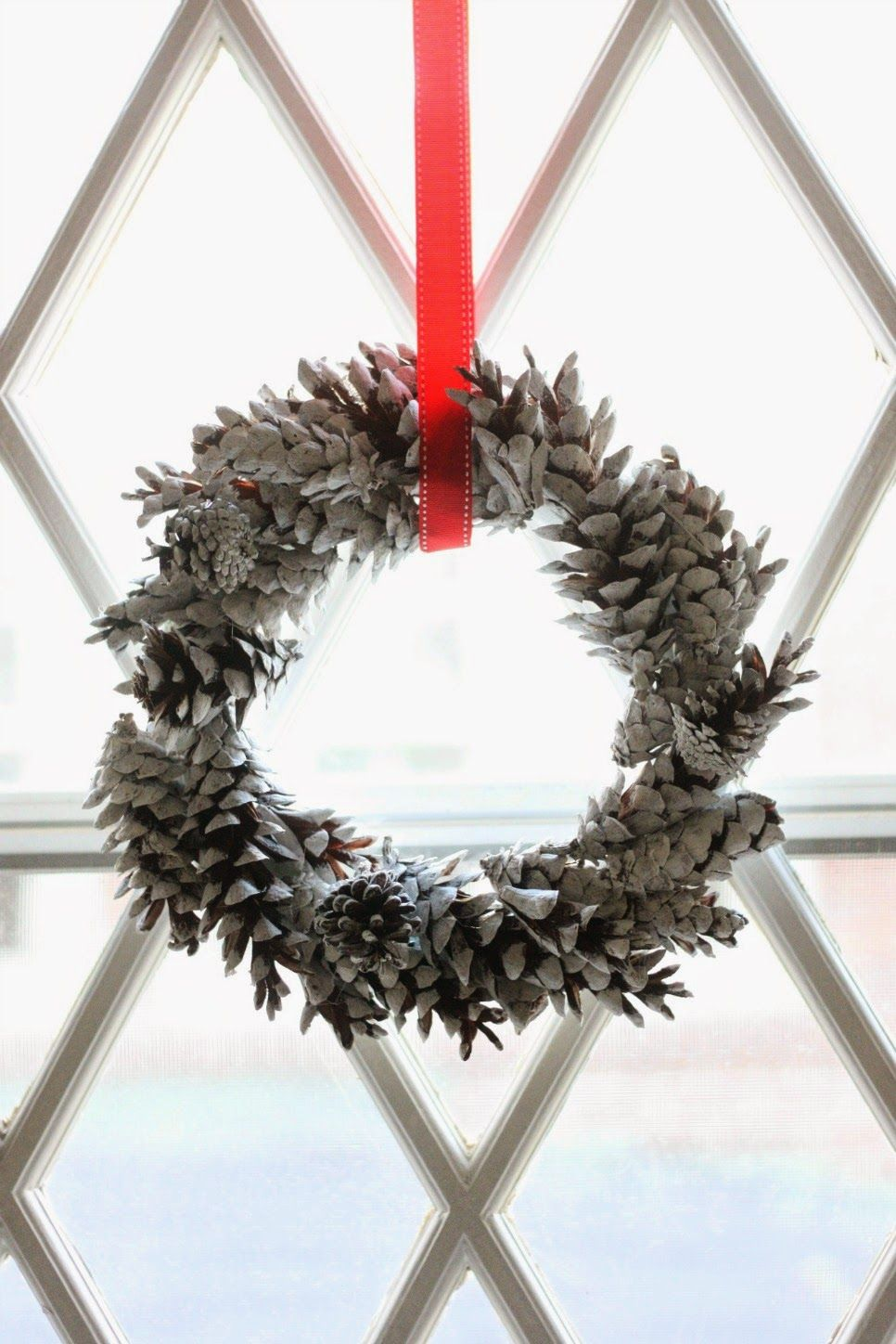 55 diy christmas wreaths how to make a holiday wreath craft - Metal Frame Christmas Decorations