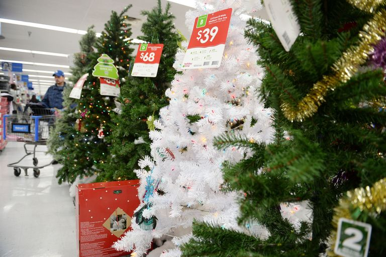 Target And Walmart Start Holiday Shopping Season November