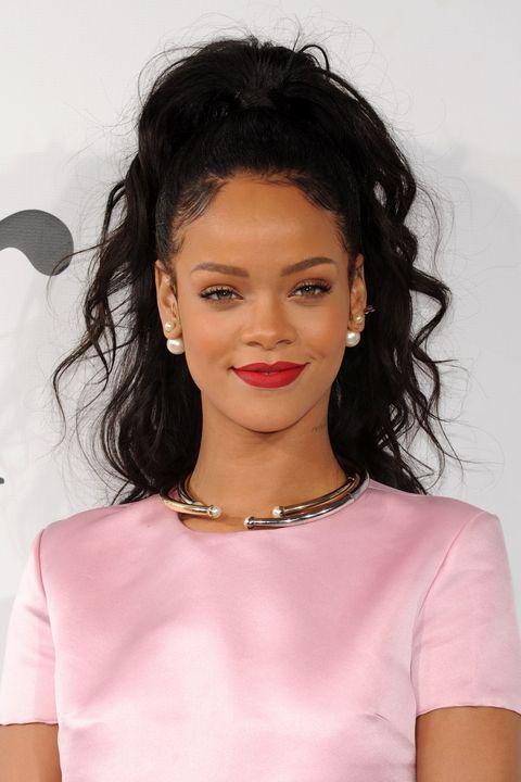 Clothing, Lip, Hairstyle, Earrings, Chin, Forehead, Shoulder, Eyebrow, Jewellery, Eyelash,