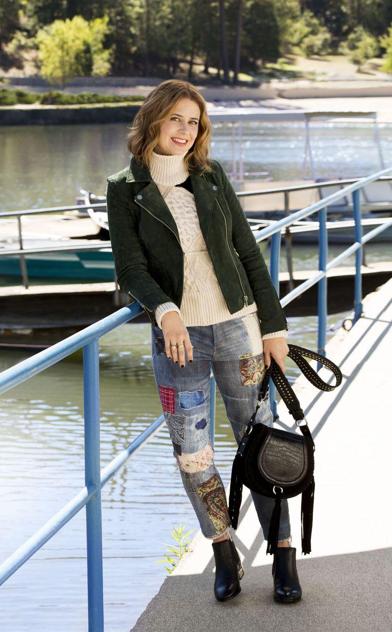 Jenna Fischer Takes Us Through Her Winter Wardrobe