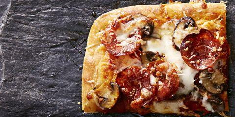 GHK_0116_Sweet Spicy Pepperoni-Mushroom Pizza