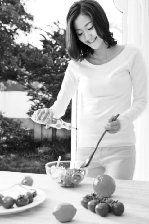 White, Food, Serveware, Dishware, Cuisine, Produce, Plate, Dish, Bowl, Cooking,