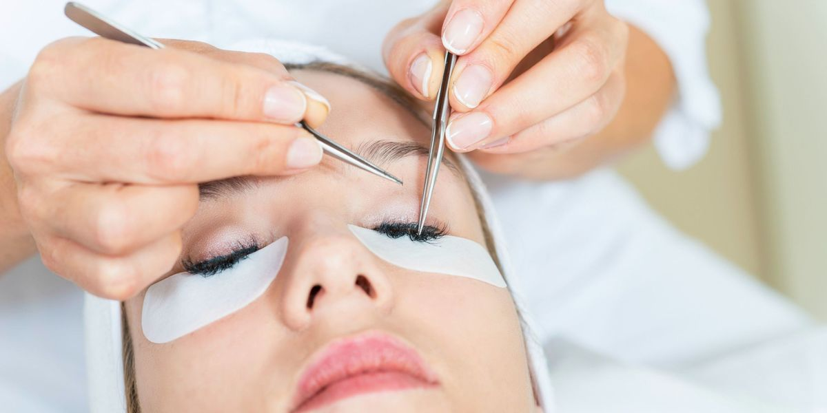 Eyelash Extensions: Everything You Need to Know — Tips for ...