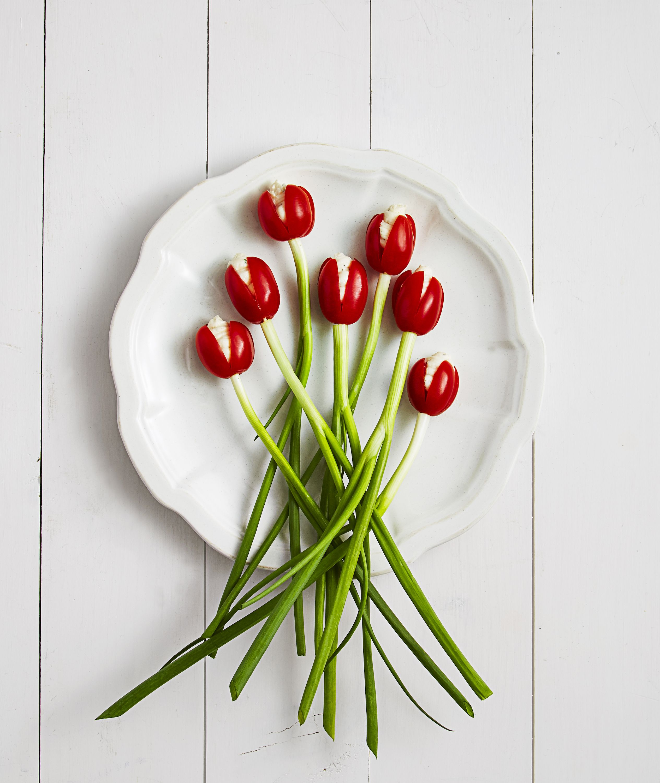 20 ways to make your food look like flowers flower shaped foods izmirmasajfo