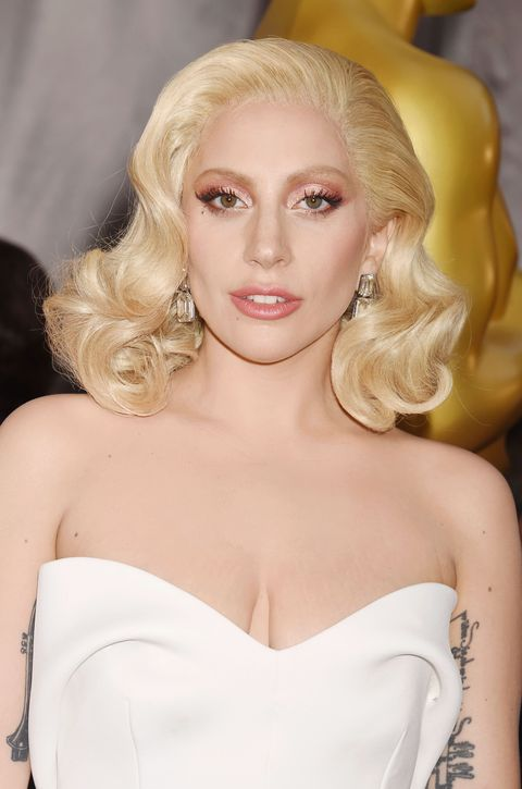 Nose, Lip, Mouth, Hairstyle, Skin, Shoulder, Eyebrow, Eyelash, Joint, Strapless dress,