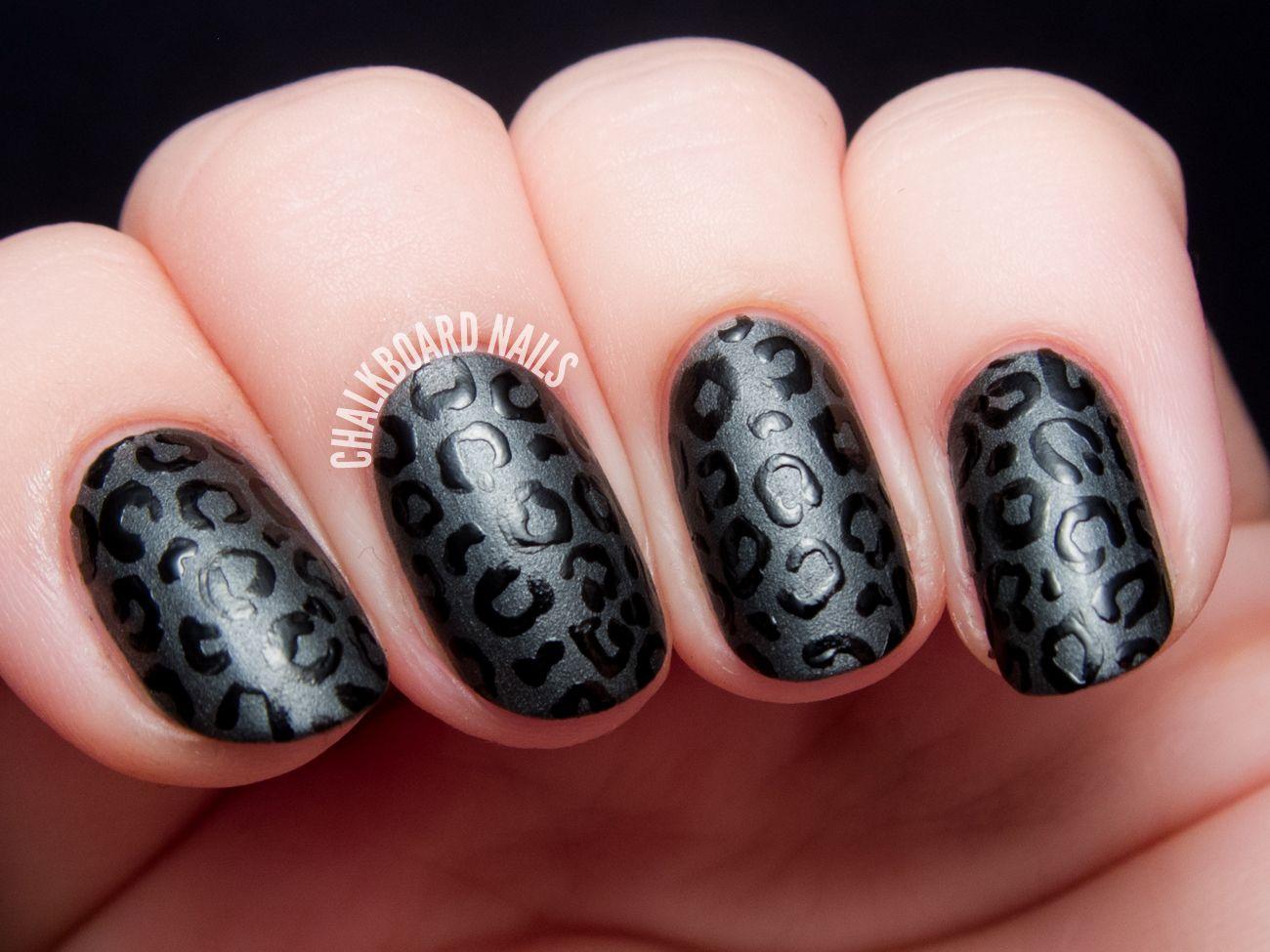 13 Cool Matte Nail Design Ideas - Unique Matte Nail Polish Art