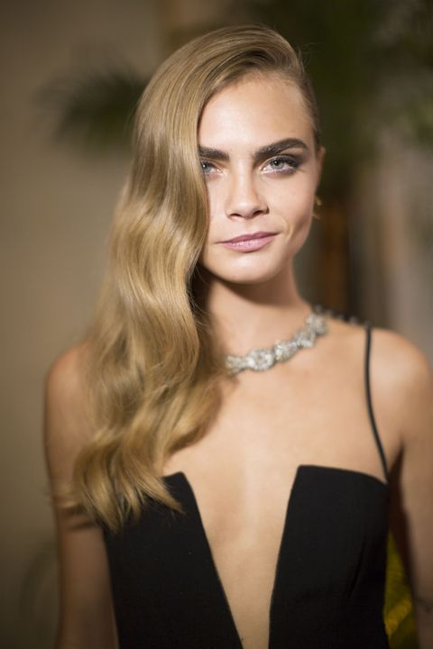 Nude Hair Color Trend How To Get Neutral Blonde Hair