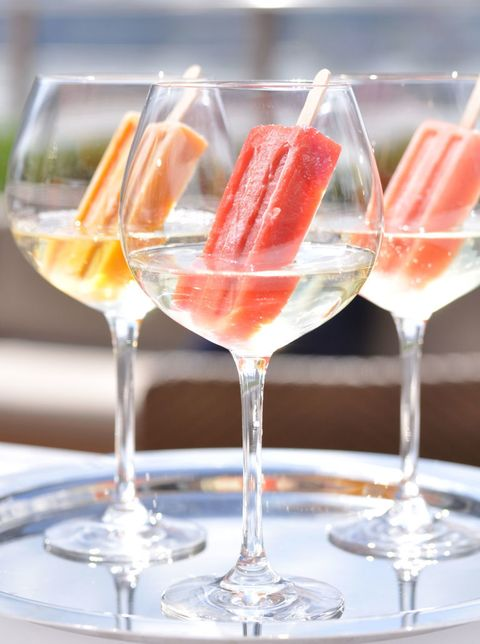 Summer Party White Wine Popsicles