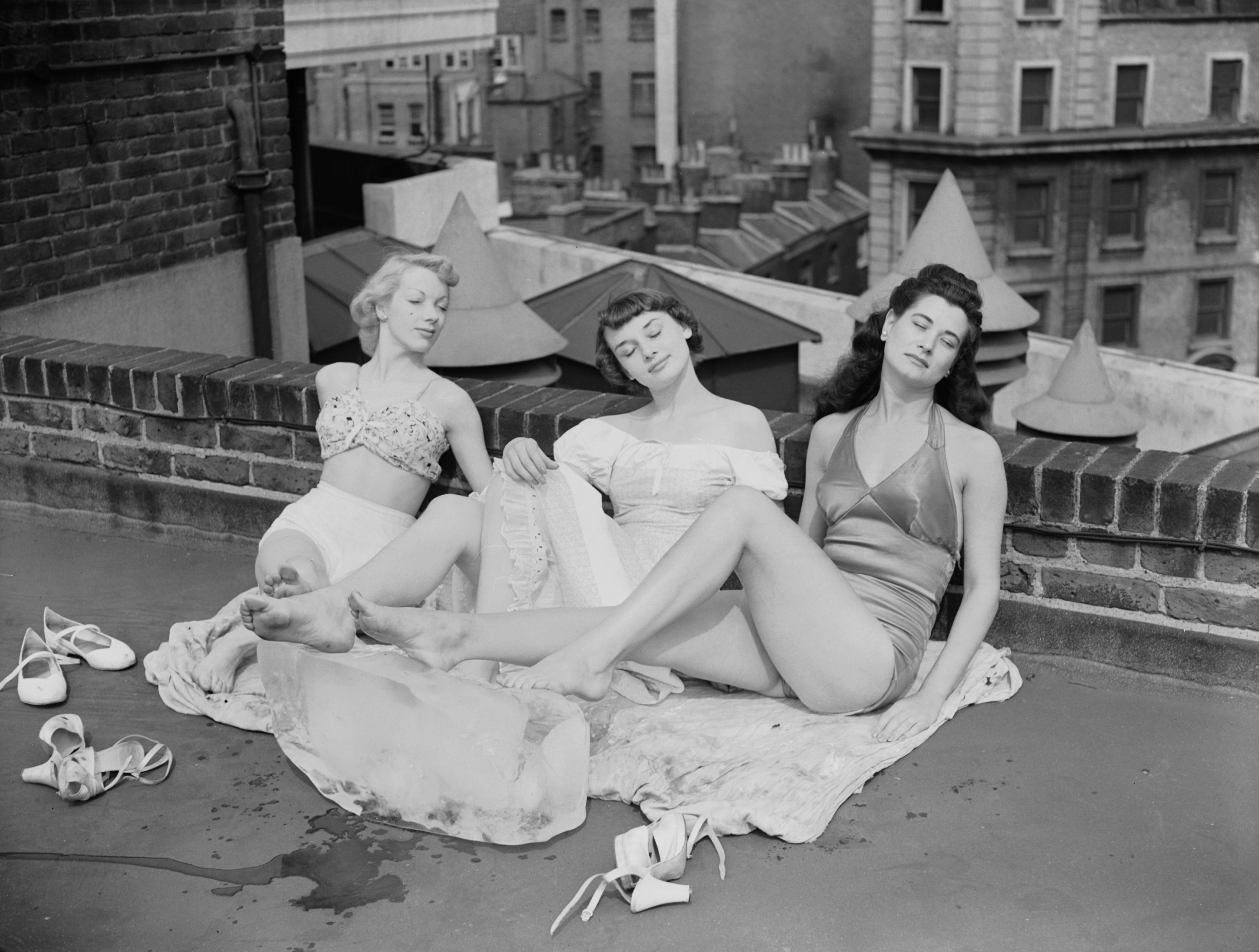 Topless Katharine Hepburn nudes (34 fotos) Leaked, YouTube, swimsuit