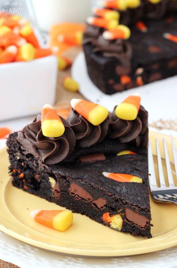 Fabulous 33 Spooky Halloween Cakes Easy Halloween Cake Ideas Personalised Birthday Cards Epsylily Jamesorg