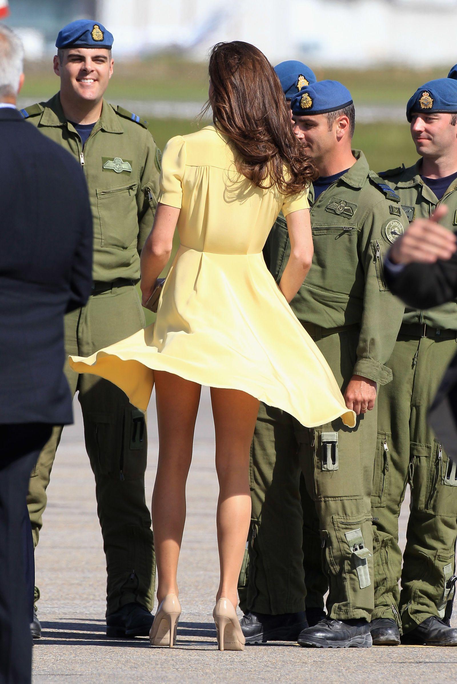 Kate middleton up skirt