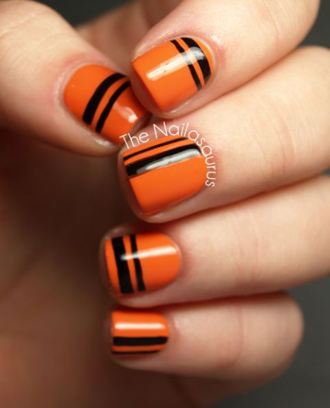 40 Halloween Nail Art Ideas - Easy Halloween Nail Polish ...
