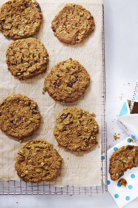 healthy cookies - pumpkin cherry breakfast cookies