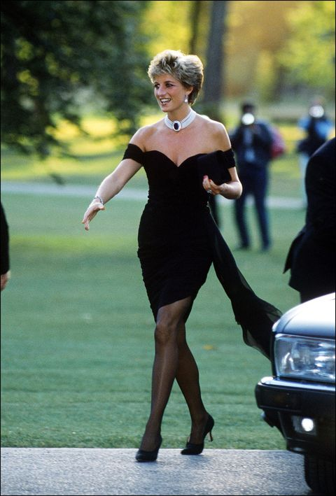 <p>In 1994, while Prince Charles was doing a frank interview on TV about the breakdown of his marriage, Princess Diana was wowing at the Serpentine Gallery in a dress that has since become timeless.</p>