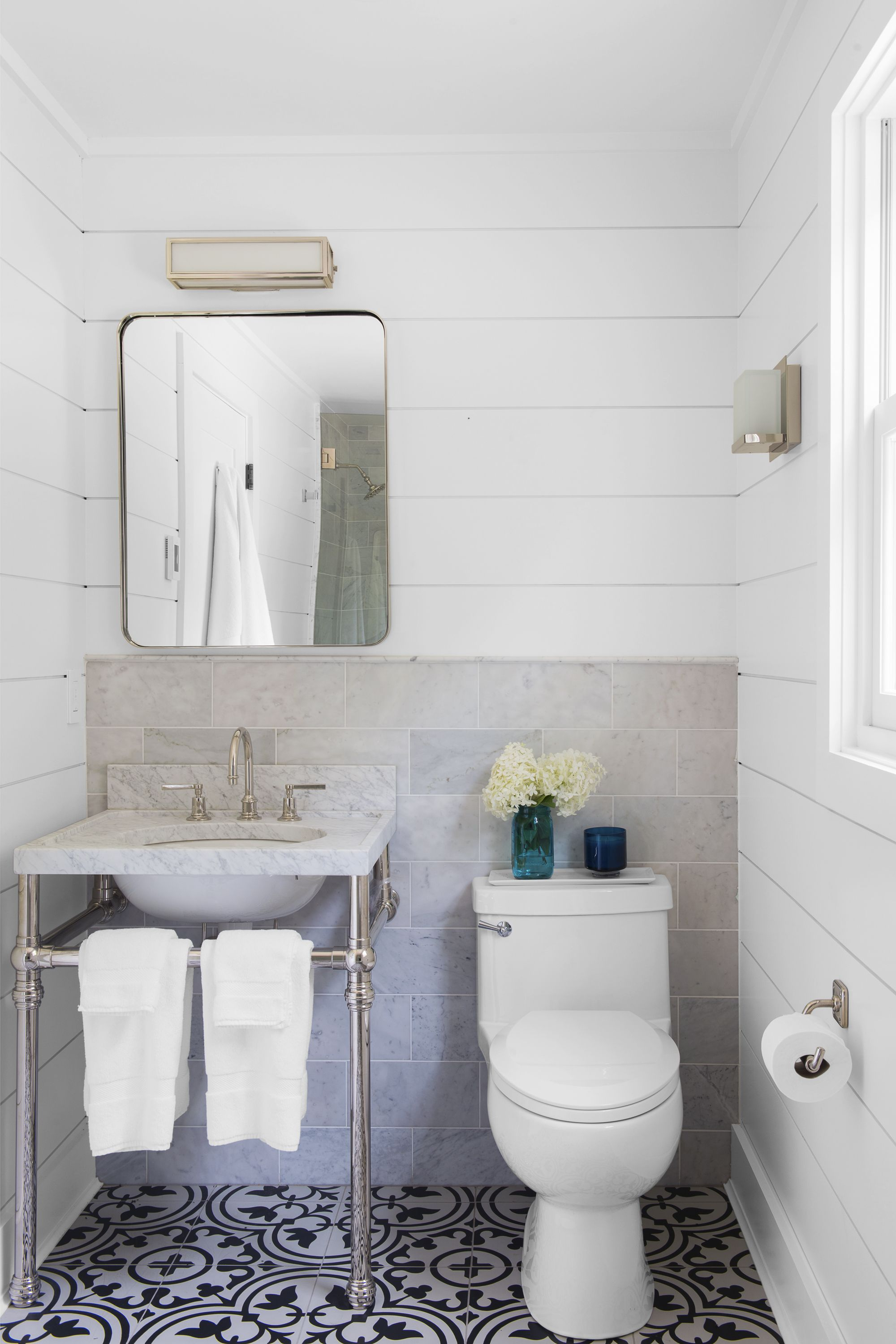 What To Put On Bathroom Walls