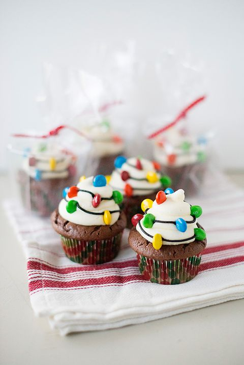 christmas light cupcakes christmas cupcakes recipe - Christmas Cupcake Decorations
