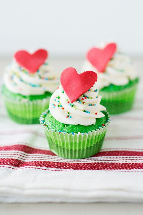grinch who stole christmas cupcakes christmas cupcakes recipe - Christmas Cupcake Decorations