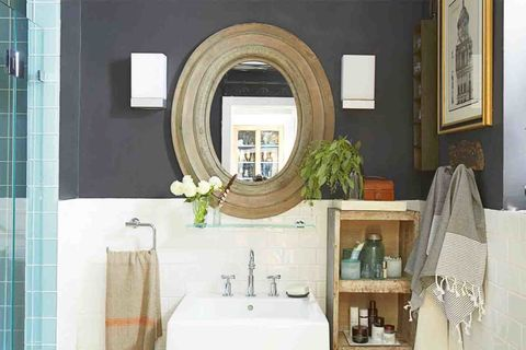 81b871119f <p>A floating glass shelf below the mirror adds storage seamlessly. Next to