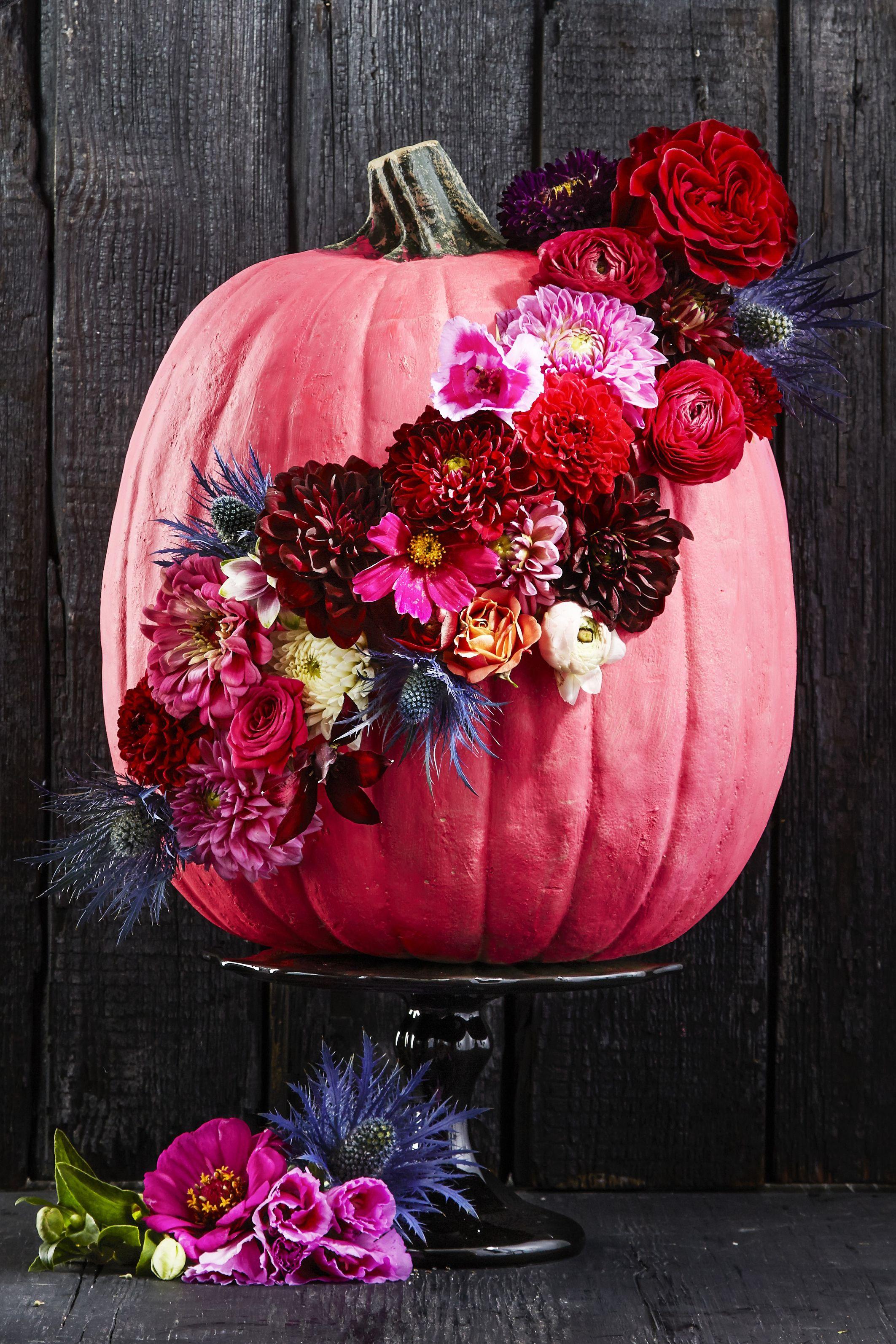 60 Pumpkin Designs We Love For 2018 Pumpkin Decorating Ideas