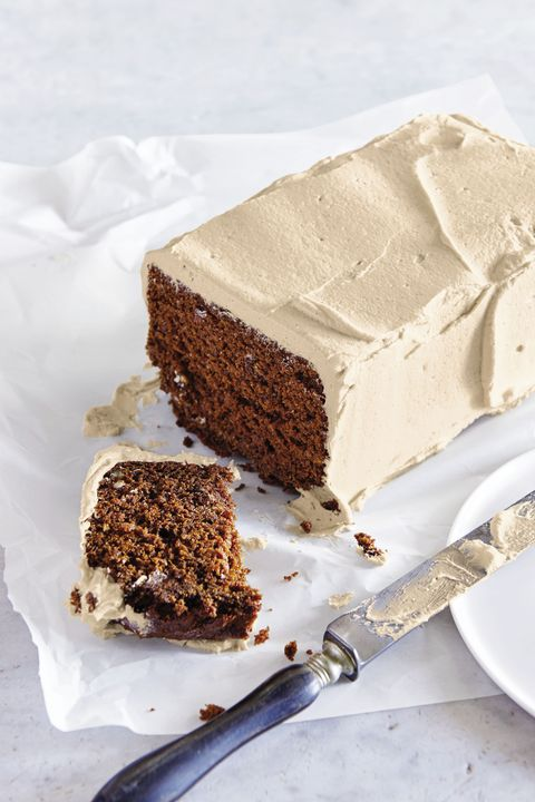 Father's Day Cakes - Outlaw Carrot Cake with Brown Sugar Butter Cream