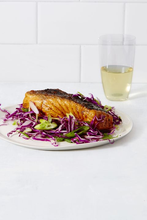 spiced salmon with sweet n tangy slaw