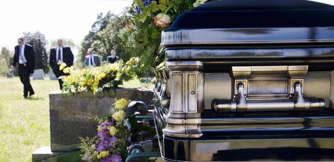 Suit, Bouquet, Cemetery, Ceremony, Floristry, Flower Arranging, Memorial, Floral design,
