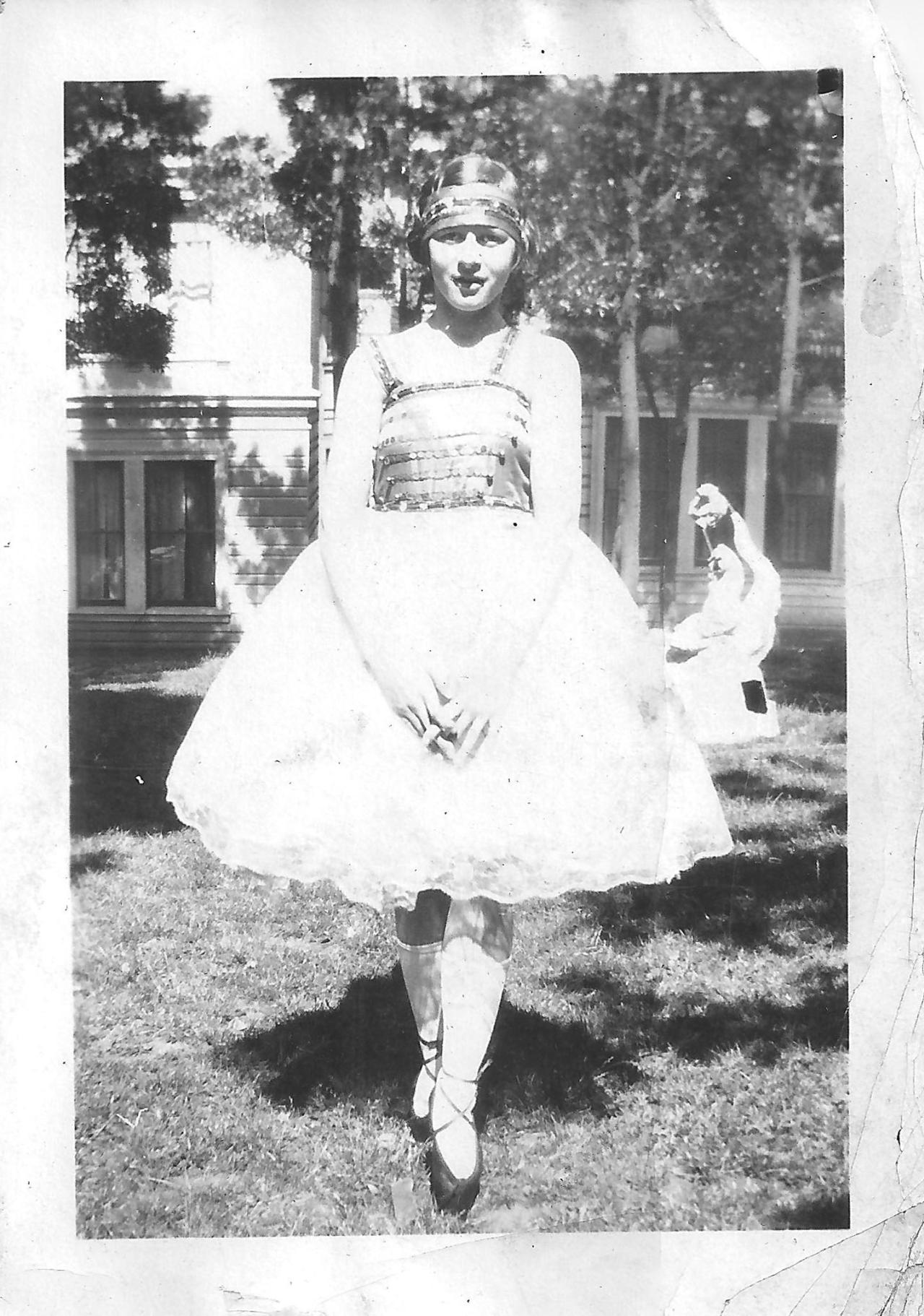 125 Years of Halloween Costumes , Vintage Halloween Costumes