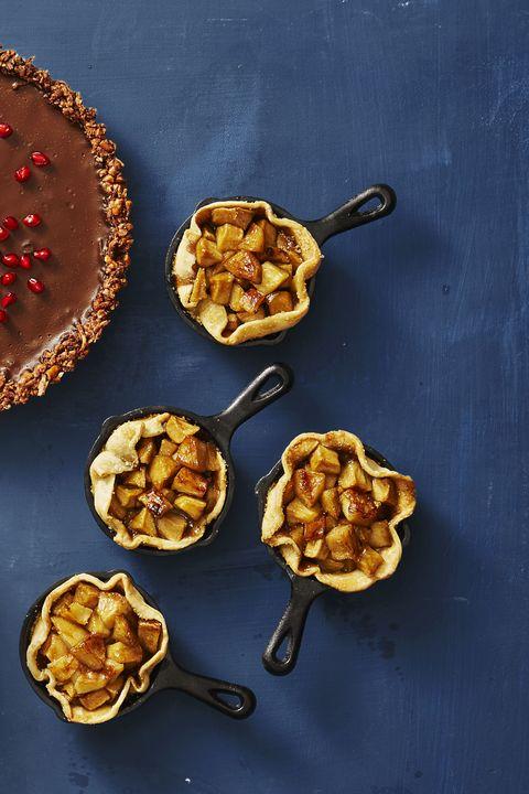 skillet apple minis — thanksgiving desserts